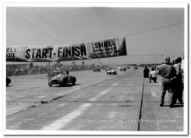 Otto Linton makes the start in the Siata Prototype at Sebring 1953